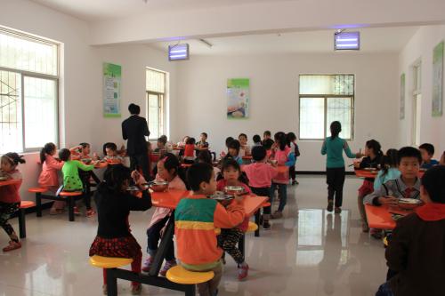 丹凤县月日镇保仓完全小学-餐厅图片